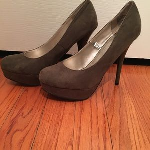TARGET x MOSSIMO Olive Heels